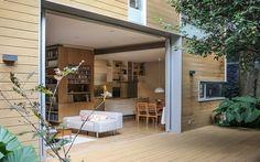 Una residenza fresca chiamata Casa Nirau La casa è stata progettata strategicamente considerando il clima locale e lo stile di vita dei fortunati inquilini. A causa delle temperature moderate del Messico, la vita all'aria aperta è un elemen #acqua #carbonio #design #energia #sole