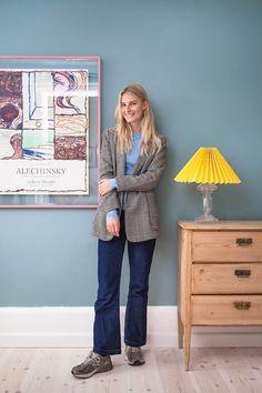 Find inspiration med tips fra kendte kvinder Room Inspiration, Interior Inspiration, Simple Canvas Paintings, New Room, Rustic Furniture, Look Fashion, Colorful Interiors, Home And Living, Decoration