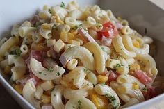 Frischer Sommer - Nudelsalat Fresh summer pasta salad, a delicious recipe from the Pasta category. Chef Salad Recipes, Pasta Recipes, Chicken Recipes, Healthy Recipes, Summer Pasta Salad, Summer Salads, Salmon Recipes, How To Cook Pasta, Grilling Recipes