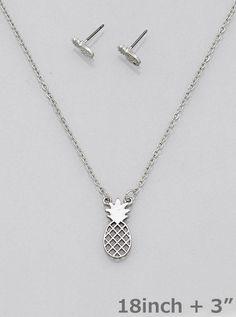 Pineapple Pendant Necklace Set