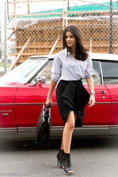 stylespotting.com | Blogger Lainy Hedaya of Haute Inhabit likes wearing accessible clothing like Zara. #nyfw