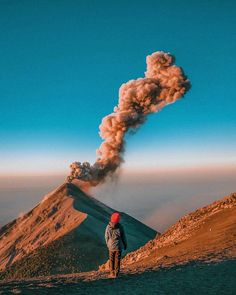 Beautiful Destinations - Early morning eruptions : @7vensuns