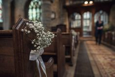 Baby Breath Gyp Gypsophila Pew Ends Indie Glam Feathers Shells Slate Sea Inspired Wedding http://assassynation.co.uk/