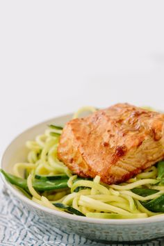 Teriyaki Ginger Salmon with Sesame Zucchini Noodles Inspiralized - Paleo Crockpot Salmon Recipes, Fish Recipes, Seafood Recipes, Cooking Recipes, Noodle Recipes, Chicken Recipes, Veggie Noodles, Zucchini Noodles, Clean Eating