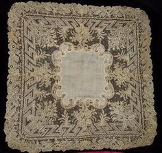EXCEPTIONAL & OUTSTANDING BRUSSELS POINT DE GAZE LACE WEDDING HANDKERCHIEF