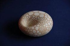 Petra Benndorf - Porzellan: Objekte, Lampen, Teeschalen