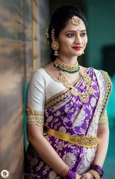 Indian Bridal Sarees, Indian Bridal Outfits, Indian Bridal Fashion, Pattu Saree Blouse Designs, Bridal Blouse Designs, Purple Saree, Red Saree, Saree Wedding, Wedding Bride