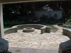 Tennessee Flagstone Patio, Belgard Weston Seating Wall and Fire Pit