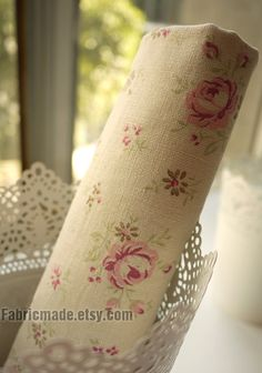Large Rose Cotton Fabric Pink Dots On Off White Background Shabby Chic Flower By Yard 1 2 QT234