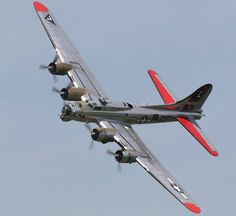 "B-17G, Flying Fortress bomber, ""Yankee Lady"", Tail : L 485829 Y"
