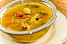 sopa de frango abobora, batata doce, espinafre
