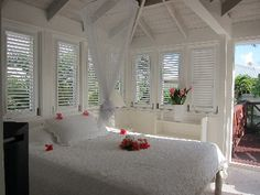 Inchcape Seaside Villas right on the... - HomeAway Silver Sands ...