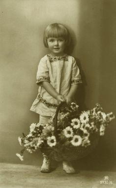Vintage little girl with flowers 001 by *MementoMori-stock on deviantART