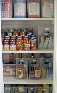 Please clear magazine holders with pull handles are an interesting way to organize pantry items: Get inspired with these simple pantry organisation ideas to get your own pantry organised and orderly so you can use your time better elsewhere! Organisation Hacks, Organizing Hacks, Home Organization, Organising, Organize Small Pantry, Pantry Can Organization, Tiny Pantry, Chest Freezer Organization, Tupperware Organizing
