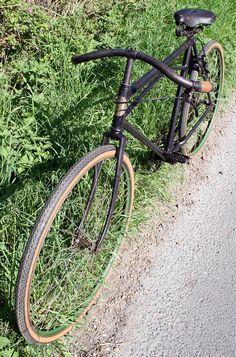 Cycles Labor – The Online Bicycle Museum Velo Vintage, Vintage Cycles, Vintage Bikes, Tweed Run, Antique Bicycles, Bicycle Wheel, Commuter Bike, Old Bikes, Bicycle Design