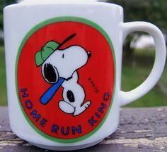 Check out Vintage SNOOPY HOME RUN KING Porcelain Mug United Feature Syndicate 1958  http://www.ebay.com/itm/Vintage-SNOOPY-HOME-RUN-KING-Porcelain-Mug-United-Feature-Syndicate-1958-/150683731583?roken=cUgayN&soutkn=deS4QF via @eBay