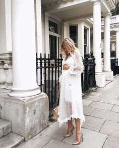"""Laura Wills (@thefashionbugblog) on Instagram: """"Summer vibes ✨The perfect dress I can grow into and then use just as much next summer once I've had…"""""""