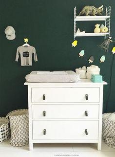 Ikea Hemnes as a changing table Ikea Baby Room, Baby Boy Rooms, Baby Bedroom, Baby Boy Nurseries, Baby Room Decor, Kids Bedroom, Nursery Decor, Nursery Rugs, Nursery Ideas