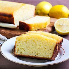 Einfacher Low Carb Joghurt-Zitronenkuchen