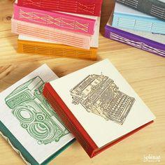 Original handbound journals on longstitch binding / Cuadernos originales cosidos a mano con costura vista