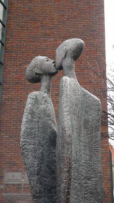 The Kiss, statue by Rowan Gillespie, 1989, Dublin, Ireland. The statue is…