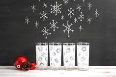 Mid Century Frosted Snowflake Glasses / Vintage Federal Glass Snowflake Tumblers