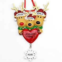 Entertain the kids for hours with these reindeer craft for kids! Great crafts for Christmas vacation or those long winter days!