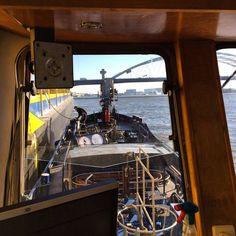 """Vanaf  de hydrovac5 #binnenvaartwinkel #binnenvaart #brienenoordbrug #scheepvaart"""