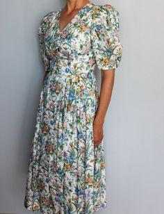 Vintage Dresses, Wrap Dress, Etsy Shop, Floral, Fashion, Kleding, Vintage Gowns, Moda, Fashion Styles