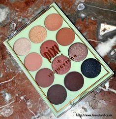 LouLouLand: PIXI + It's Judy Time Get The Look It's Eye Time Eyeshadow Palette + Giveaway