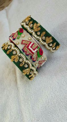 bangles Gota Patti Jewellery, Fancy Jewellery, Thread Jewellery, Fabric Jewelry, Silk Thread Bangles Design, Silk Bangles, Bridal Bangles, Indian Accessories, Bohemian Accessories