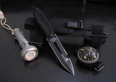 - Ultramarine Extrema Ratio knife. Knife for scuba diving.