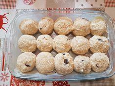 A gombócfőzés kicsit macerás, de a túrógombóc elkészítése a sütőben pofon egyszerű és gyors! Ja, és nagyon finom. Másnapra (ha marad…) sem keményedik meg. Hozzávalók a gombóchoz 50dkg túró 2 tojás 10dkg porcukor 2 zsemle, 2dl tej 1cs. van.cukor 1 citrom reszelt héja Mazsola v. gyümölcs (eper, málna) 5-10dkg zsemlemorzsa Hozzávalók a szószhoz: 3 kispohár...Olvasd tovább