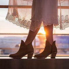 """Poppy Barley on Instagram: """"High altitude style - in mandatory neutrals. Our new DESERT COLLECTION has just been released! Captured against the sunset by @NicoleAshley at @FlyEIA, our newest leather, Desert Tan, has a soft finish and enough depth to carry you from one summer music festival to the next (in the most comfortable heel you've ever walked in). View the full collection (that's SIX updated styles!) via the link in our profile  poppybarley.com/shop"""