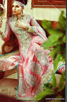 long sleeves, beautiful colours