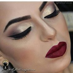 #embelezarmos @helisafalcao Gostaram? #embelezarmos - - - - - - #maquiagem #universodamaquiagem #perfeito #lindo #embelezarmos #maquiagem #instamakeup #makeup #instalove #maravilhoso #fashion #hudabeauty #stunning #vegas_nay #girls #girl #pausaparafeminices #auroramakeup #linda #bela #beleza #delineado #divulga #sdv #likes #anastaciabeverlyhills #Mac #delineado #puxaogatinho #fazolhao #instagirl #bomdia
