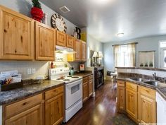 11389 S OAKMOND RD, South Jordan UT 84095