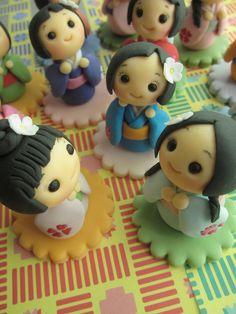 Kokeshi Dolls Cupcake Toppers