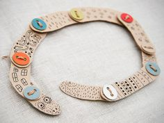 mommo design: CARBOARD TOYS... cute cardboard snake craft for a rainy day