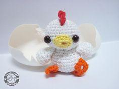 Little Chickie Chicken pattern, via Shannen of Sweet N' Cute Creations blog.: