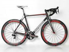 R7 Full Carbon Road Bike. Shimano Dura Ace 9070 Di2 11 Speed. 50mm Vento Clinchers.
