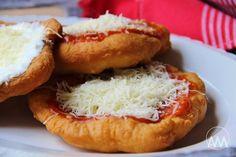 V kuchyni vždy otevřeno ...: Langoše Pizza, Bagel, Recipies, Food And Drink, Bread, Dinner, Roots, Drinks, Hampers