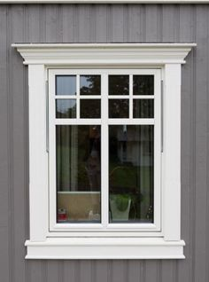Outside home window trim designs are chosen to enhance specific residence functions such as your house siding, doors, as well as home windows to accomplish Exterior Window Molding, Exterior Trim, Exterior Design, Window Molding Trim, Exterior Windows, Moldings, House Trim, House Siding, Facade House