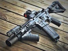 "@truegeorgiaboy @adamsarms Tactical Evo 7.5"" AR Pistol #ar15buildscom #arpistol #truckgun #sbr #ar15 #freedomthrower #adamsarms #tough #sbtactical #braceyourself #holosun #molonlabe #donttreadonme #2a #2ndamendment #freedom #patriot #strikeindustries #magpod #ferfranscrd #starkindustries #starkgrips #dailygundose #hashtagtical #gunporn #gunsdaily #pewpew #thepewpewlife"