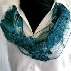 Woolen Scarves, Bobbin Lace, Textile Artists, Boho Fashion, Needlework, Mixed Media, Weaving, Textiles, Romantic