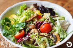 ŽAMPIONOVÝ SALÁT S BULGUREM Cabbage, Vegetables, Food, Bulgur, Vegetable Recipes, Eten, Veggie Food, Cabbages, Meals