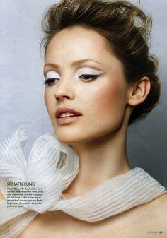 eye make-up m4 models management