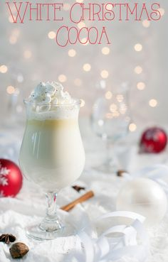 White Christmas Cocoa in a slow-cooker! #holidays #hotdrinks | Modern Mrs. Cleaver