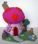 Crochet Mushroom Fantasy House by *meekssandygirl on deviantART