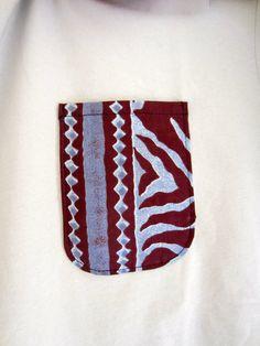 CéWax, mode afro tendance, style ethnique, tissus africains : http://cewax.alittlemarket.com/ #wax, #ankara, #kente, #kitenge, #bogolan, #Africanfashion, #ethnotendance, #AfricanPrints - Tee shirt noir customisé tissu motif africain kente orange  (envoi 0€)  - par Cewax sur Afrikrea, €20.00